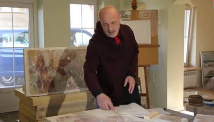 Белыничская фреска «Восхождение на Голгофу» обретает видимые очертания (видео)