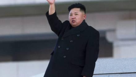 СМИ нашли Ким Чен Ына на собственной вилле на курорте (видео)