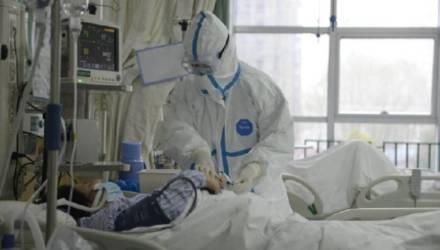 Лукашенко попросил больных коронавирусом не опускать руки