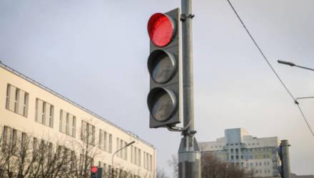 Водители, внимание! Один из самых загруженных перекрестков в Могилеве теперь проезжают по-другому