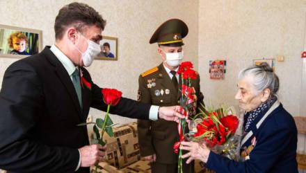Уроженке Чериковского района Татьяне Михеевне Федь вручили юбилейную медаль