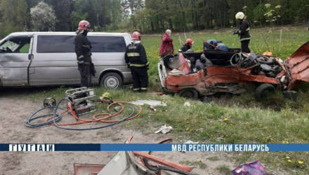 Под Могилевом «Таврия» не пропустила микроавтобус: водитель легковушки погиб