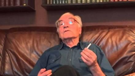В Москве покончил с собой известный российский философ Лев Науменко