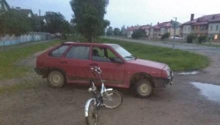 В Шкловском районе подросток за рулем легковушки сбил ребенка