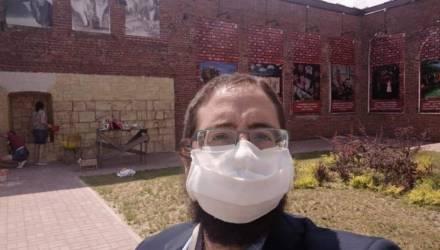 Фотофакт: в Бобруйске появилась своя стена плача