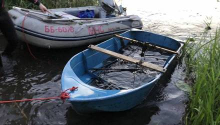 Рыбак едва не утонул в Шкловском районе: лодка перевернулась, он оказался в воде